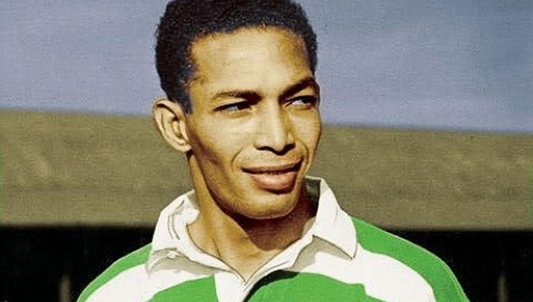 Gil Heron in het shirt van Celtic in 1951. Beeld