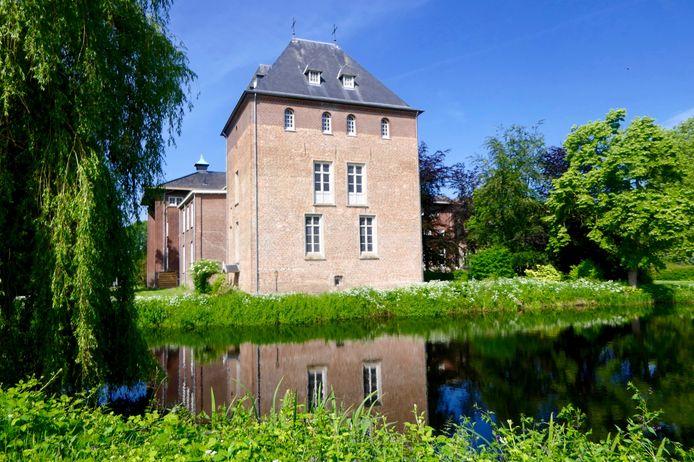 De Cultuurtoren op het terrein van de abdij in Nieuwkuijk, waar stichting Honsoirde haar activiteiten houdt.