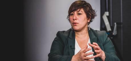 """Meyrem Almaci (Groen): """"Vliegschaamte is niet nodig, maar gééf mensen eindelijk alternatieven"""""""