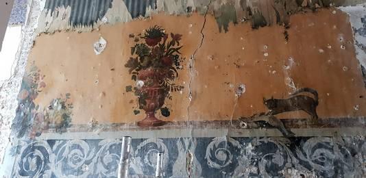 Het schilderij dat werd ontdekt tijdens de verbouwing. Hier nog niet ingelijst.