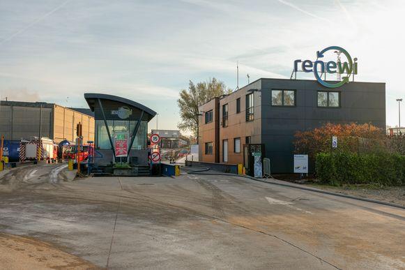 Brand op containerpark in Vorst bij firma Renewi.