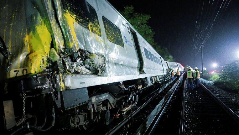 Het treinongeluk in Long Island. Beeld REUTERS