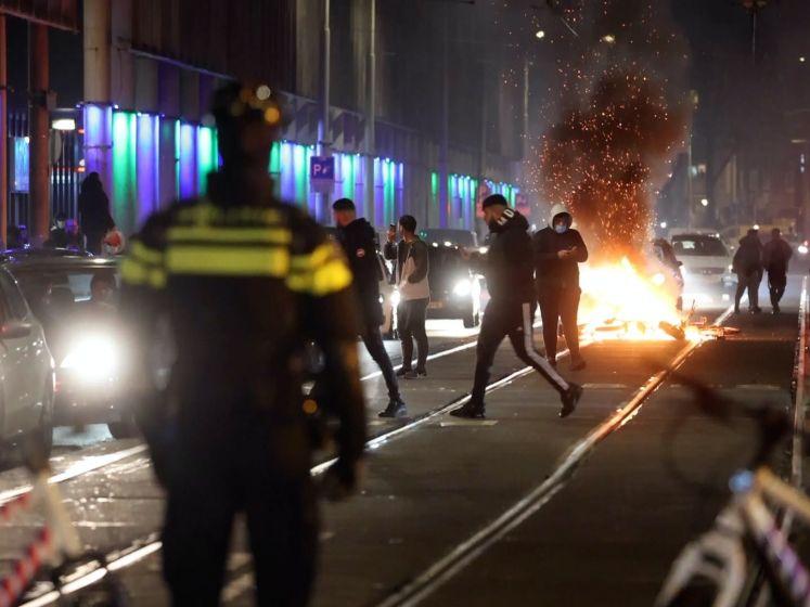 Ongeregeldheden in veel steden als protest tegen avondklok