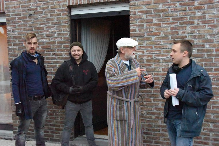 Pieter Verelst, Sven De Ridder, Tuur De Weert en regisseur Kenneth Kerkhofs tijdens de opnames van de kortfilm.