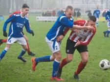 Eendracht in halve finale na winst in stadsderby met De Paasberg