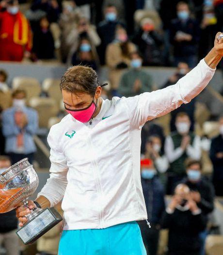 """Federer félicite Nadal: """"L'un des plus grands accomplissements du sport"""""""