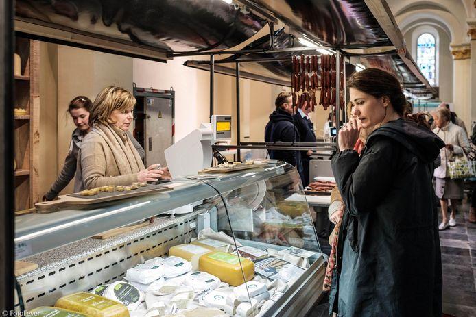 Na Brugge, Deerlijk, Deinze, Gent, Kortrijk en Roeselare opent nu ook in Ieper een versmarkt.
