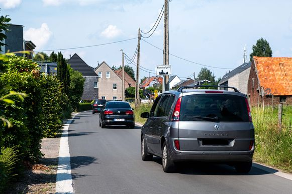 Sluipverkeer in de Pietingbaan.
