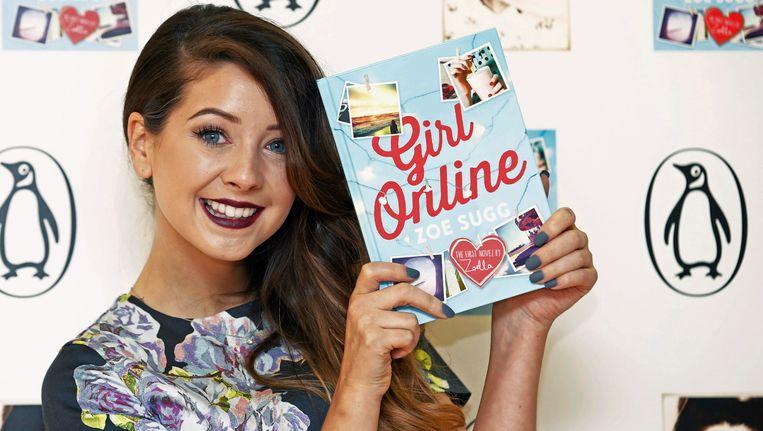 Zoe 'Zoella' Sugg met haar debuutroman 'Girl Online'