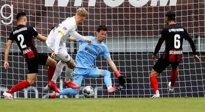 live-%7C-veekay-crasht-in-training-indycar-belgisch-voetbal-hervat-met-strikt-coronaprotocol