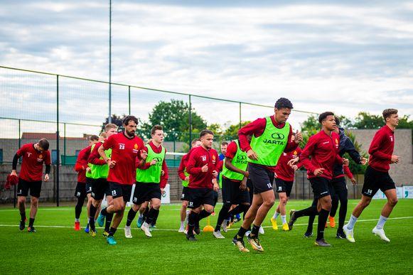 KV Mechelen begon er al op 14 juni aan.