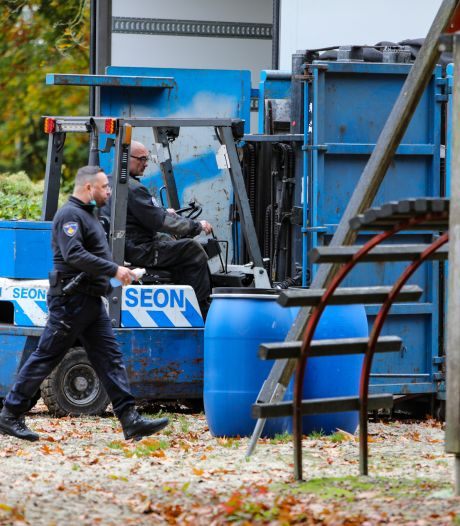 Drie mannen opgepakt bij inval crystal meth-lab in voormalig restaurant in Emst