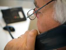 Ambtenaren verbrassen tonnen met telefoon van overheid