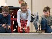 Kinderen racen met zelfgebouwde robots in Nieuwe Veste