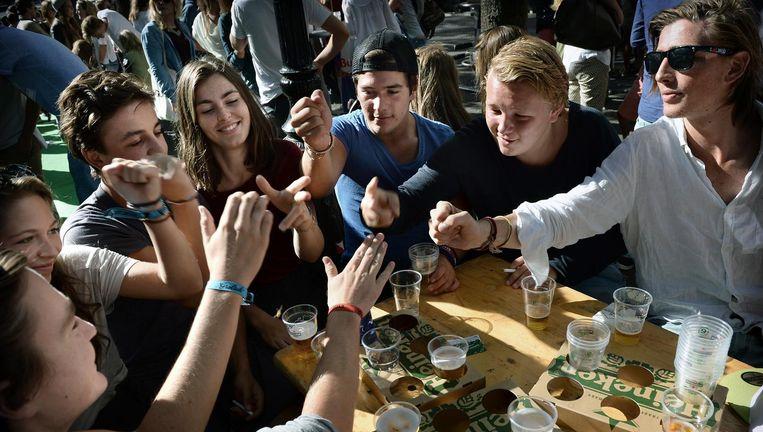 Eerstejaarsstudenten in Utrecht, augustus 2013 Beeld Marcel van den Bergh / de Volkskrant