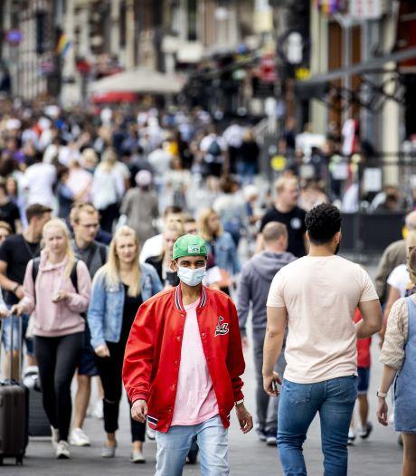 Steeds meer jonge mensen met coronavirus: 'Jongeren zijn niet onoverwinnelijk'