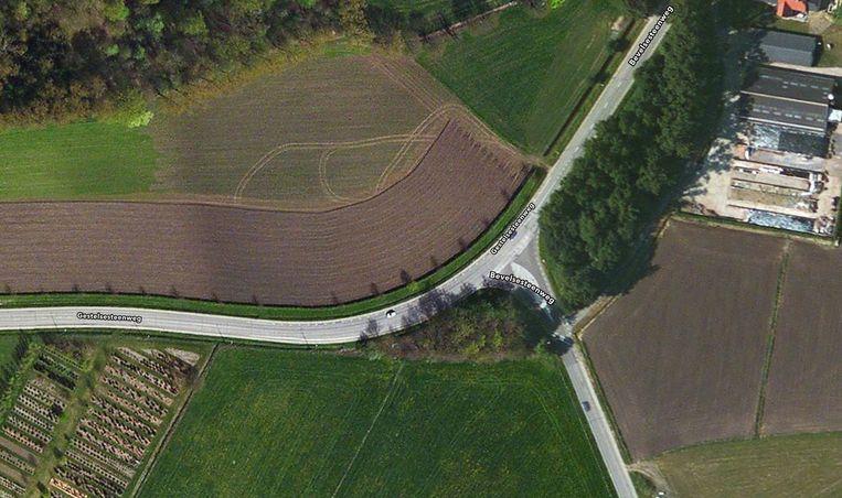 In de bocht aan de Hullebrug gebeurden er de afgelopen jaren meerdere verkeersongevallen.