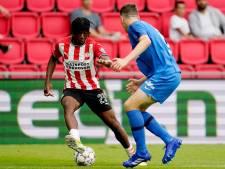 LIVE | Madueke verzuimt om geknoei van Bazoer af te straffen, PSV met achterstand de rust in