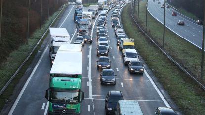 Man rijdt met 1,77 promille achteruit op Brusselse Ring
