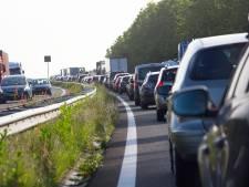 Drukte op wegen richting Opwekking in Biddinghuizen