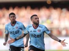 Spelmaker Dani Alves helpt São Paulo bij debuut meteen aan zege