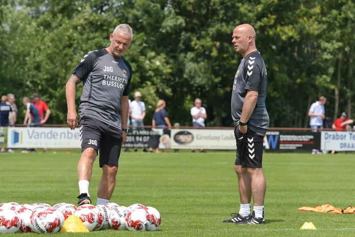 Jack de Gier en Marco Heering staan ook dinsdag weer vroeg op het trainingsveld.