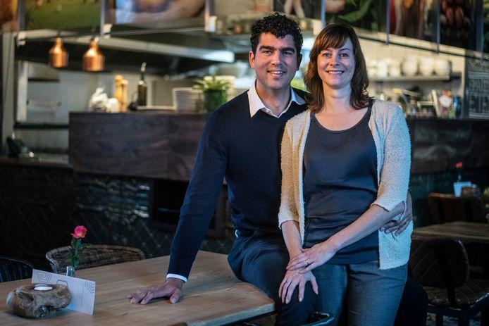 Selmar en Ilfa de Roo van restaurant De Hemel, Foodbar De Pelgrim (foto) , Hotel Credible. Zij kennen elkaar van De Ontmoeting, het restaurant dat nu verder gaan onder een nieuwe naam en een andere formule.