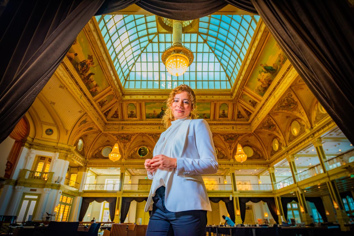 Roxana Tajvar, de nieuwe algemeen directeur van het Kurhaus in Scheveningen. ,,Ik was altijd van het leiding nemen.''