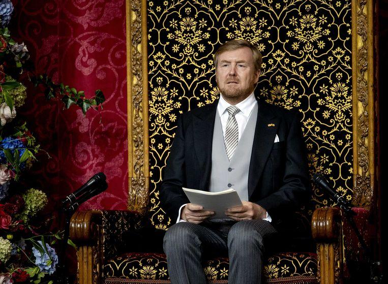 Koning Willem-Alexander leest de troonrede voor op Prinsjesdag aan leden van de Eerste en Tweede Kamer in de Grote Kerk.  Beeld ANP