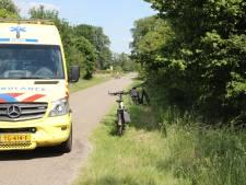 Vrouw naar ziekenhuis na fietsongeval in Wierden