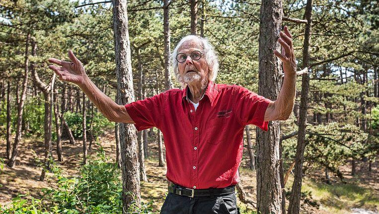 Bert Piloo, die zegt te worden gevoed door astraal licht, ontmoette het viertal twee keer. 'Ze zaten zo vol in hun lijden.' Beeld Guus Dubbelman/de Volkskrant
