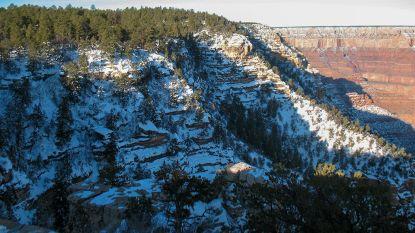 Amerikaan elf dagen na verdwijning met helikopter uit Grand Canyon gered