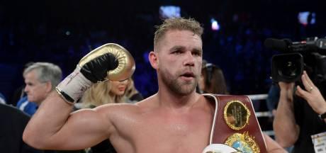 Wereldkampioen boksen geschorst om 'gebruiksaanwijzing' vrouwen slaan