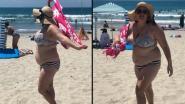 Shelly werd uitgelachen omdat ze in bikini op strand verscheen, nu slaat ze terug met vlijmscherpe boodschap