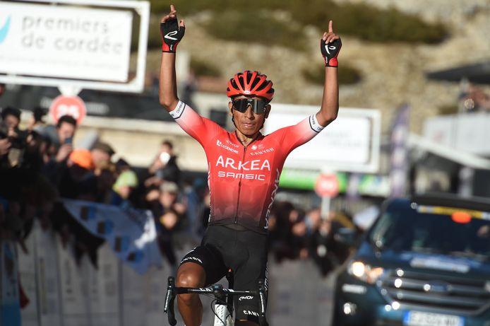 Nairo Quintana wint op de Ventoux.