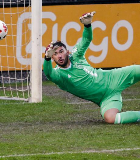 Helmond blijft de basis voor Ajax-talent Issam El Maach: 'In Helmond heb ik herinneringen opgebouwd en vrienden gemaakt'
