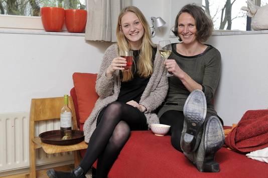 Organisatiecoach Jeanette Koekkoek (47) met dochter Fleur (15), Amersfoort.