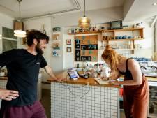 Horeca in Drenthe en Groningen: hitte is erger dan registratieplicht tegen coron