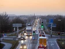 Aanpassing Rijnbrug loopt vertraging op