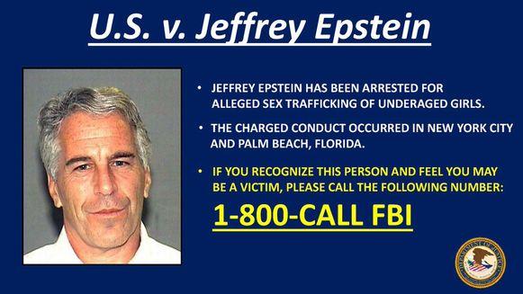 Epstein wordt verdacht van het seksueel uitbuiten en misbruiken van minderjarige meisjes, tussen 2002 en 2005.