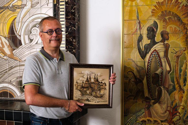 Dirk Verlinden, voorzitter van het Gilliot & Roelants Tegelmuseum.