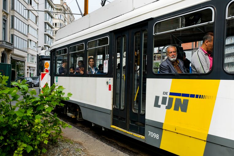 Archiefbeeld: tram aan de Leien in Antwerpen.