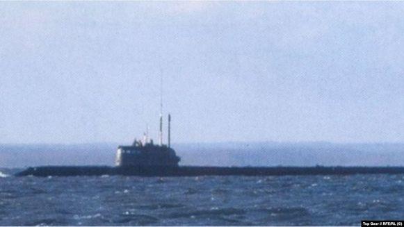 De foto van de mysterieuze duikboot die in Top Gear Russia verscheen.