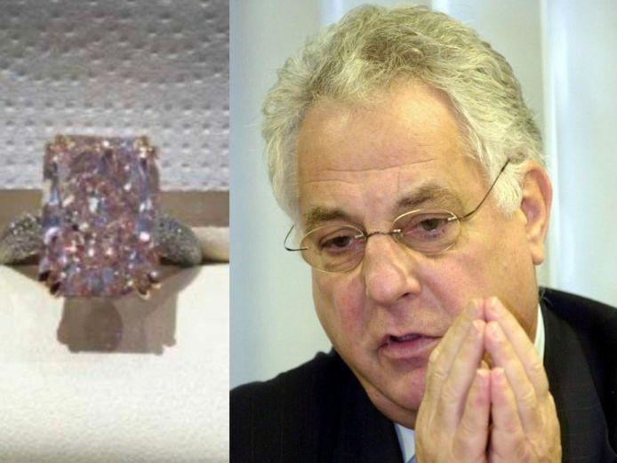 Zakenman Tony Gram was zelf niet in de rechtbank aanwezig. De gevonden roze diamant is in een ring verwerkt en heeft volgens het parket een mogelijke waarde van 1,2 miljoen euro.