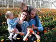 Boer Hans deed alsof vierde zwangerschap truc was: 'Pakte lepel en zei simsalabim!'