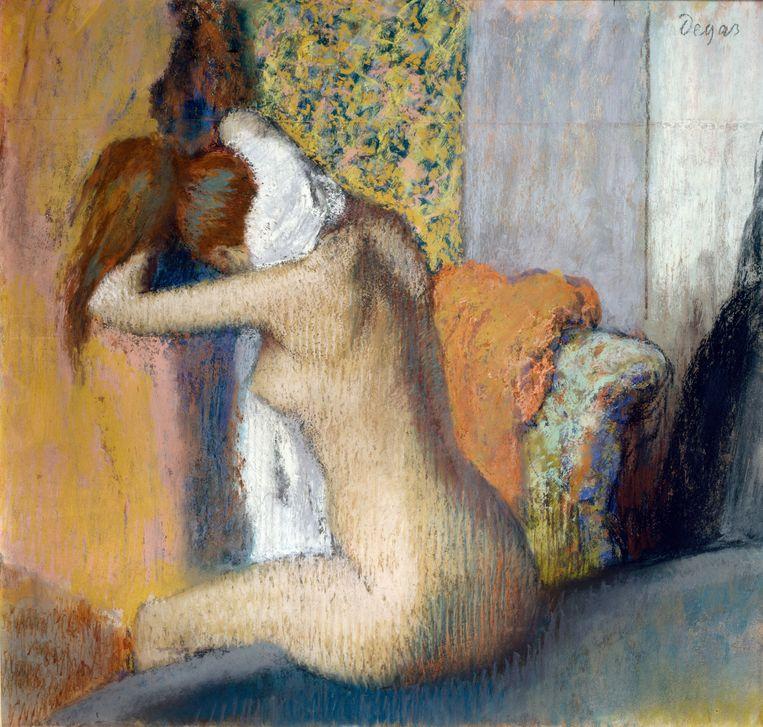 Edgar Degas, Na het bad, vrouw droogt haar nek (1898). Musee d'orsay, Parijs. Beeld Getty