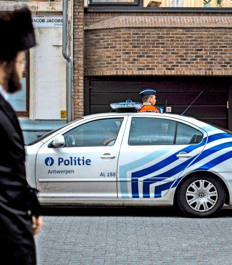 Antwerpse politie ontdekt Joods feest met zeker 120 aanwezigen: 33 mensen geïdentificeerd