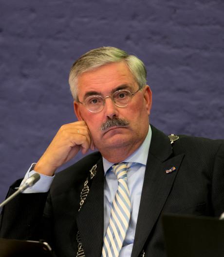 Aat de Jonge, burgemeester van Dronten, vertrekt in stijl