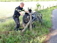 Scooter belandt in greppel, bestuurder raakt gewond in Boxmeer