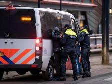 Drie aanhoudingen in centrum Rotterdam: politie op scherp uit angst voor rellen